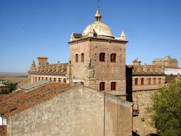 Caceres_Toledo-Moctezuma's Palace