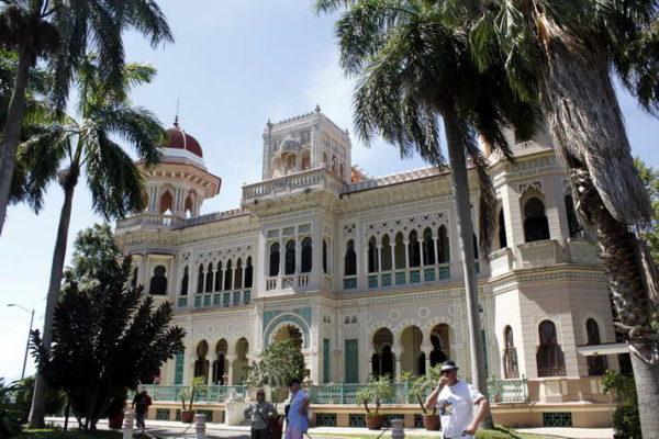 Cienfuegos_Palacio de Valle