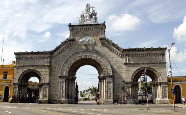 Havana_Cementerio de Colon