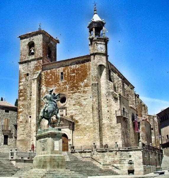 Trujillo_Statue of Francisco Pizarro