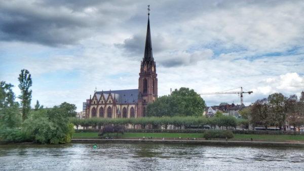 Frankfurt_Dreikönigskirche