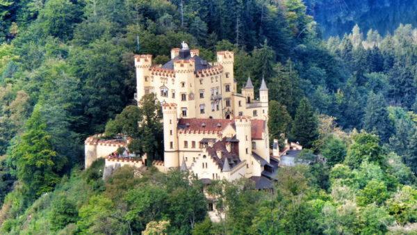 Schwangau_Hohenschwangau Castle (1)