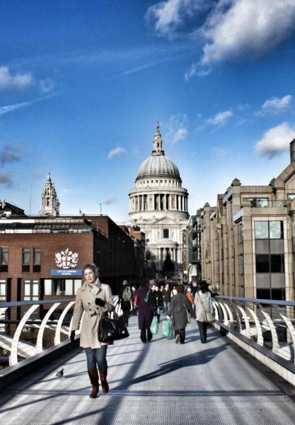 London_St Paul's Cathedral & Millenium Bridge