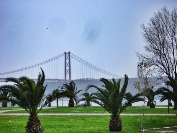 Lisbon_Ponte 25 de April