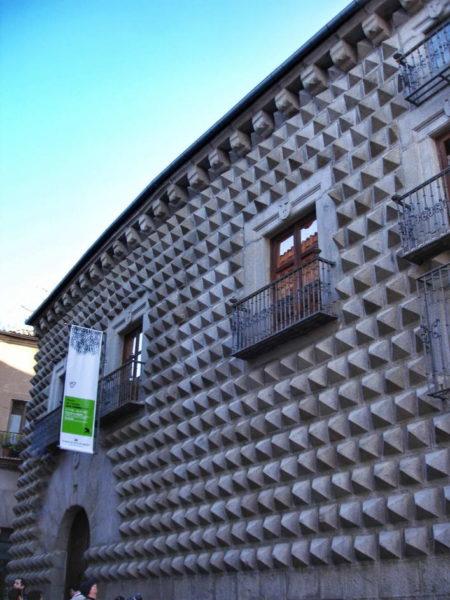 Segovia_La Casa de los Picos