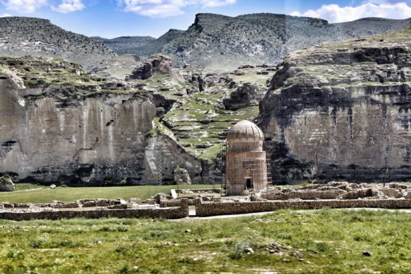 Hasankeyf_Zeynel Bey Tomb