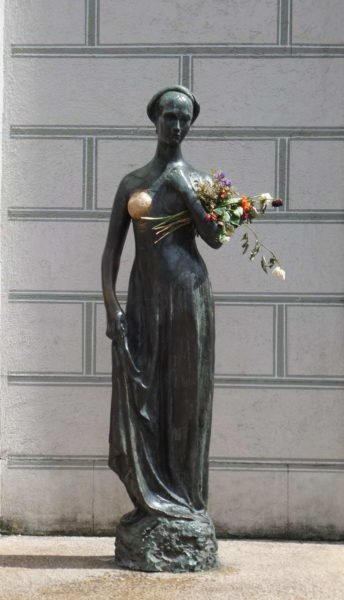 Munich - Juliet Capulet Statue