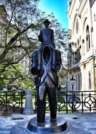 Prag_Franz Kafka Monument