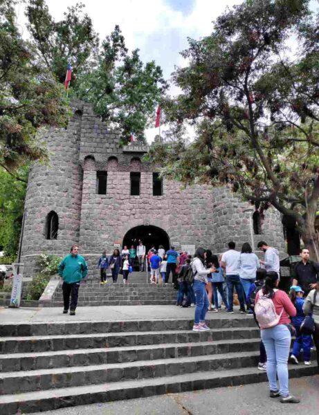 Chile-Santiago-Bellavista Funicular