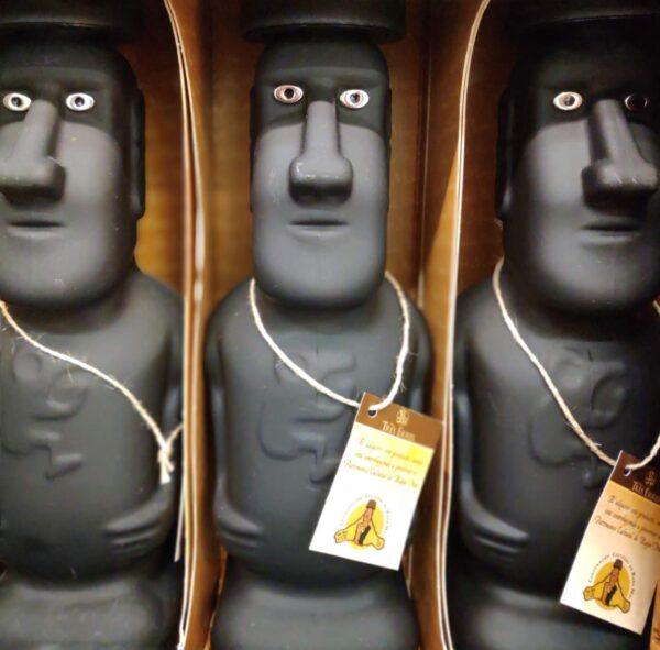 Chile-Eastern Island-Moai Statues
