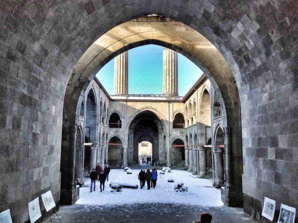 Erzurum_Çifte Minareli Madrasah