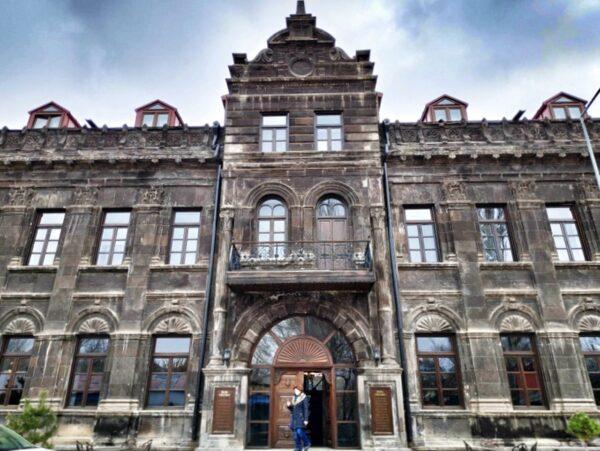 Kars_Cheltikov Hotel