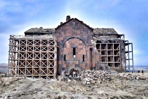Kars_Ani_Cathedral 2