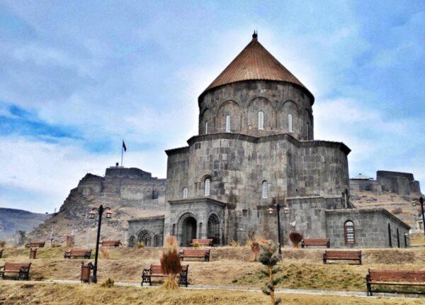 Kars_Kümbet Mosque_Castle