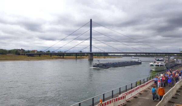 Dusseldorf_Theodor Heuss Bridge