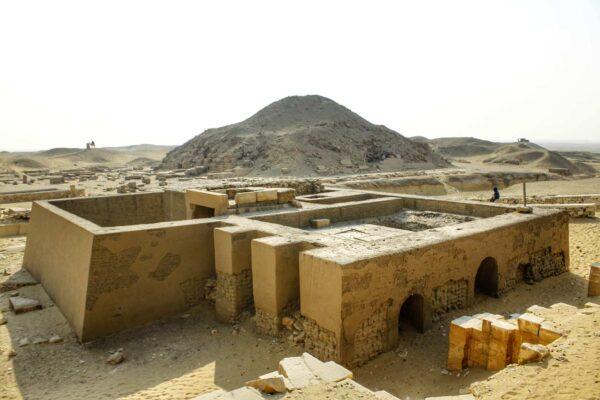Egypt_Saqqara_Unas Pyramid