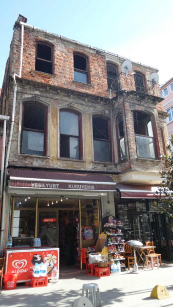 Yeldegirmeni_Local Shops (4)